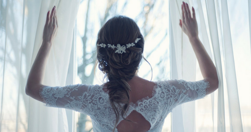 Read more about the article Dreamy Wedding Hairstyles You're Sure to Fall in Love With