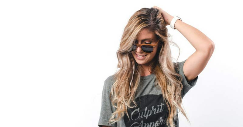 Read more about the article Hello Beach Babe: How to Get Soft, Subtle, Wavy Hair